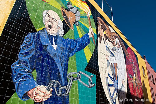 Tile mural depicting Father Hidalgo's cry for independence